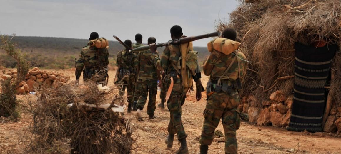 Kuvassa etiopialaisia sotilaita Afrikan unionin sotilasoperaatiosta AMISOMista. Kuva on otettu päivä sen jälkeen, kun sotilaat olivat olleet taistelussa kapinallisryhmä al-Shabaabin kanssa kesäkuussa 2016. Kuva: YK:n uutiset/Amisom/Ilyas Ahmed.