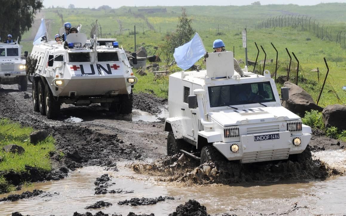 UNDOF:n rauhanturvaajat partioivat Golanin kukkuloilla. Kuva: UN Photo / Wolfgang Grebien