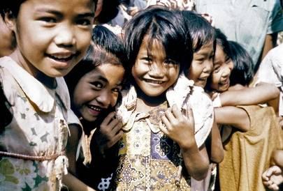 Filippiinien väestö kasvoi nopeasti 1960-luvulla. Sen seurauksena monet kristityt muuttivat Filippiinien eteläosiin, jotka ovat perinteisesti olleet muslimien aluetta.Kuva: UN Photo / B Leger