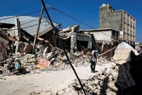 Porte-au-Princen keskusta maanjäristyksen jälkeen. Kuva: UN Photo/Marco Dormino